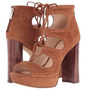 Vince Camuto Platform Sandal 👡